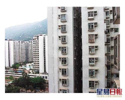 彩華花園低層3房598萬沽