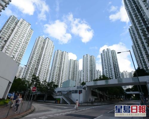 南豐新邨銀主盤5組客爭購,低市價10%拍出。