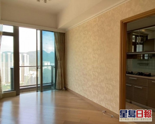 這個天晉1期8座高層E室,實用面積約617方呎。
