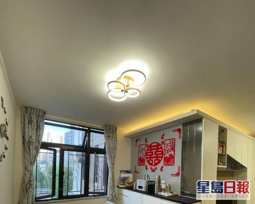 這是綠楊新邨S座低層1室,實用面積475方呎。